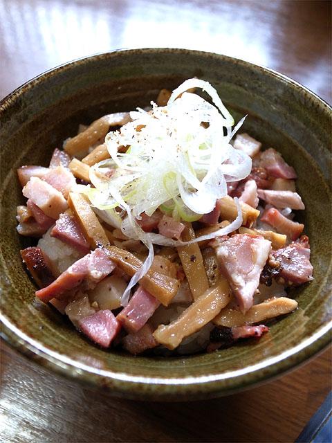 140419ヤマシロ-釜焼叉焼丼