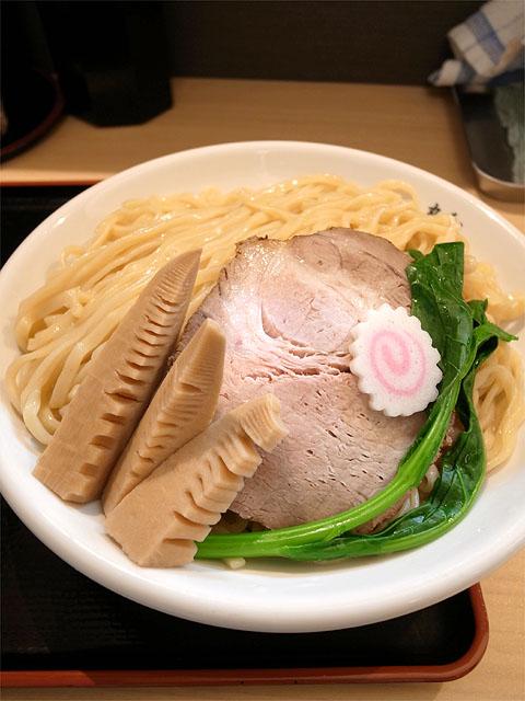 140418丸和各務原-あさり入りクラムチャウダー風つけ麺・麺