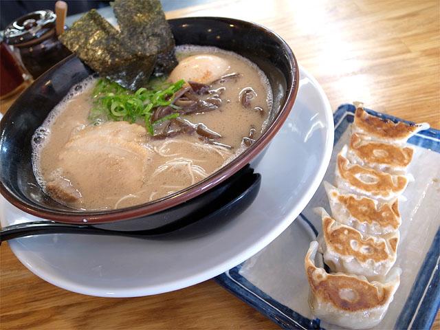 140506二代目白神-ラーメン餃子セット