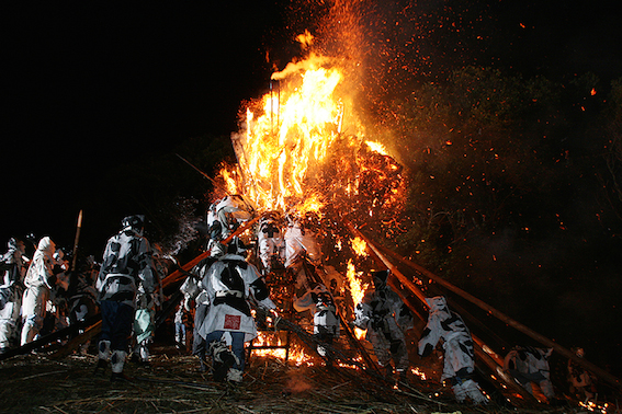 鳥羽神明社 火祭り02