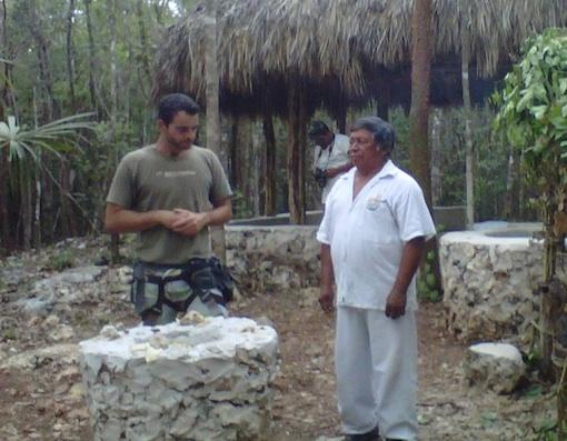 マヤ族のシャーマンの儀式