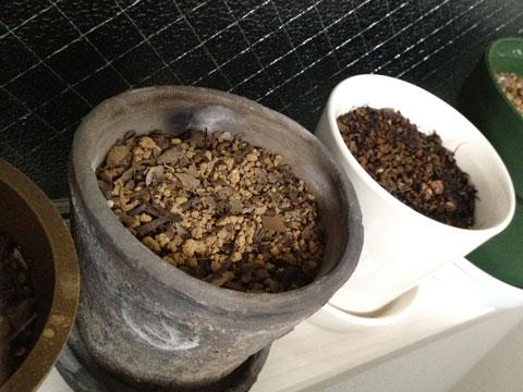 140315素焼きの鉢乾く