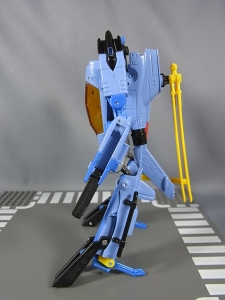 TF GENERATIONS WHIRL008