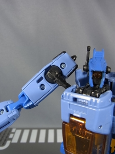 TF GENERATIONS WHIRL011