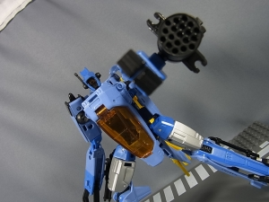 TF GENERATIONS WHIRL013
