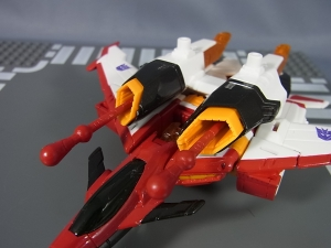 TFジェネレーションズ TG-33 アルマダスタースクリーム040