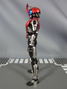 S.H.Figuarts 仮面ライダーカブト ライダーフォーム009