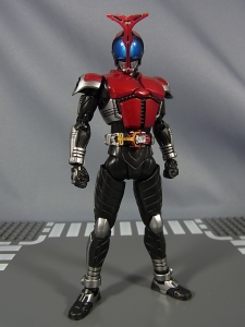 S.H.Figuarts 仮面ライダーカブト ライダーフォーム023