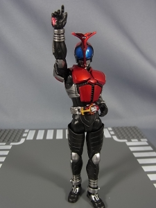 S.H.Figuarts 仮面ライダーカブト ライダーフォーム027