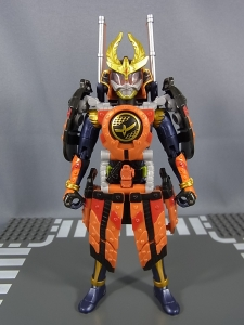 仮面ライダー鎧武 (ガイム) AC11 仮面ライダー鎧武 カチドキアームズ021