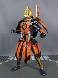 仮面ライダー鎧武 (ガイム) AC11 仮面ライダー鎧武 カチドキアームズ028