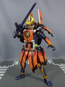仮面ライダー鎧武 (ガイム) AC11 仮面ライダー鎧武 カチドキアームズ035
