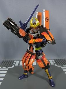 仮面ライダー鎧武 (ガイム) AC11 仮面ライダー鎧武 カチドキアームズ045
