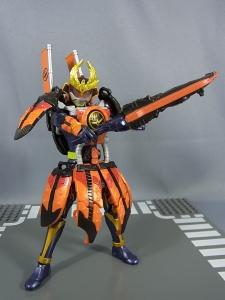 仮面ライダー鎧武 (ガイム) AC11 仮面ライダー鎧武 カチドキアームズ049