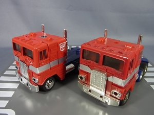 TF Generation 2 Optimus Prime014