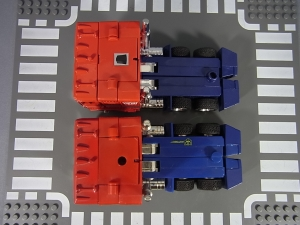 TF Generation 2 Optimus Prime015