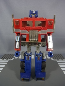 TF Generation 2 Optimus Prime017