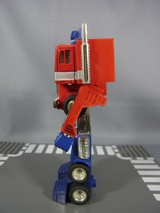 TF Generation 2 Optimus Prime019