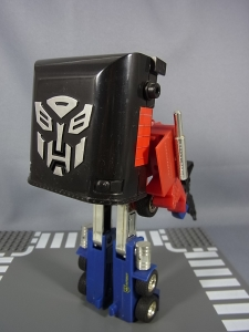 TF Generation 2 Optimus Prime024