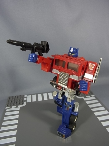 TF Generation 2 Optimus Prime025