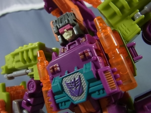 Botcon 2014 Pirates vs Knights box set Pirate Scorponok043