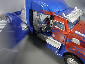 トランスフォーマー ロストエイジシリーズ LA01バトルコマンド オプティマスプライム6646