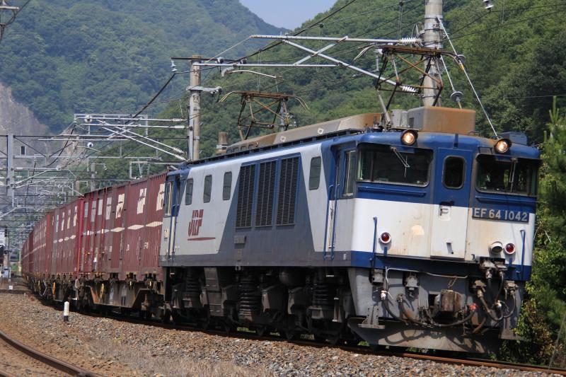 3082レ EF64-1042