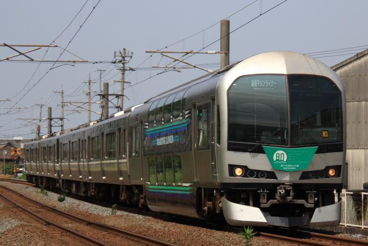 5000系(M3)+223系5000番台 5両 坂出-八十場