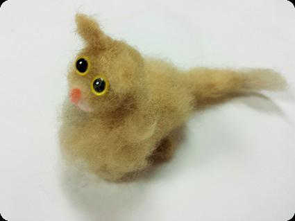 羊毛フェルト・チャコちゃん