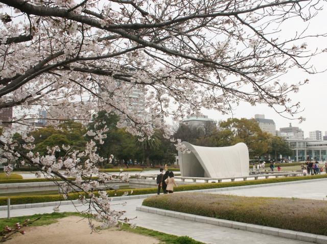 IMG_0152  平和公園の桜(640x478)