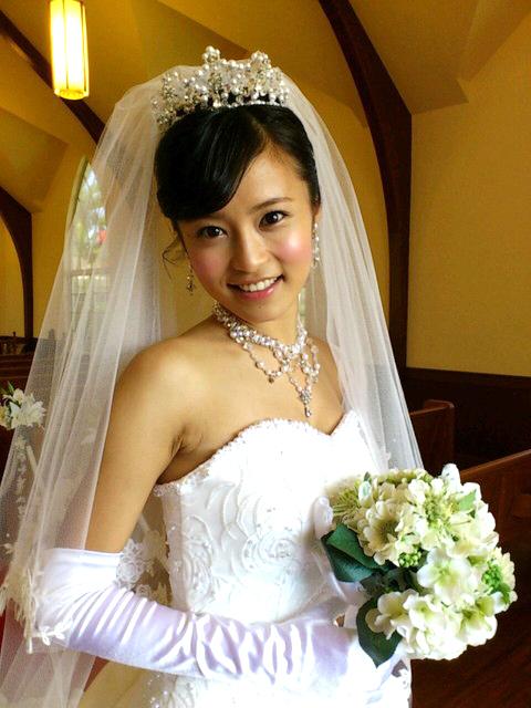 ウェディングドレス画像