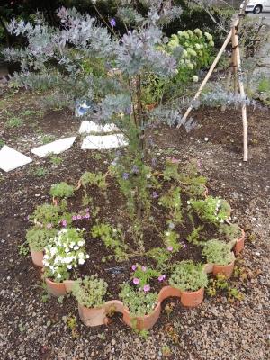 ひとやすみの庭 花壇3