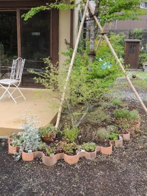 ひとやすみの庭 花壇4