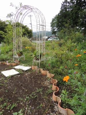 ひとやすみの庭 花壇5