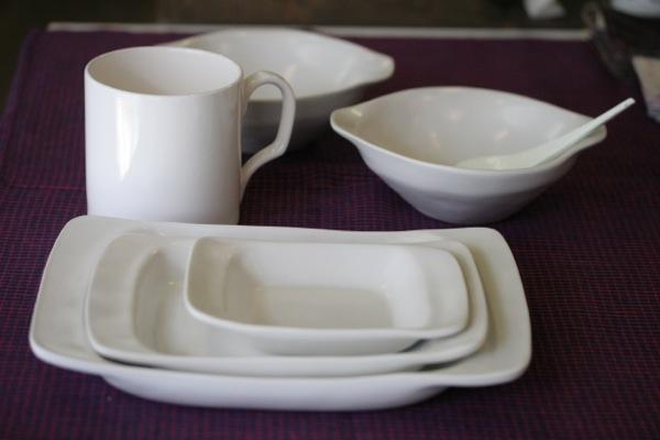 白い磁器お皿