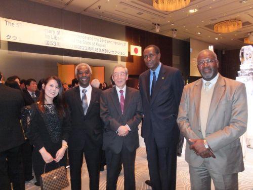 500アフリカン大使たちと小川大使と秘書 €DSCF6811_convert_20140313010349