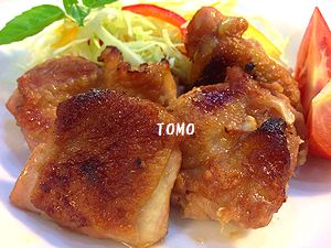甘辛ガーリックの鶏もも肉のガーリックケチャップ焼き