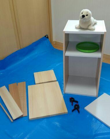1.ベースのカラーボックスと木材たち