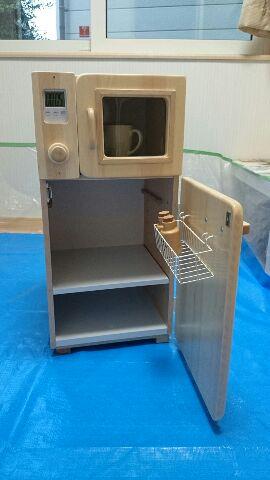 14.冷蔵庫扉内側にはかごを付けてドアポケット