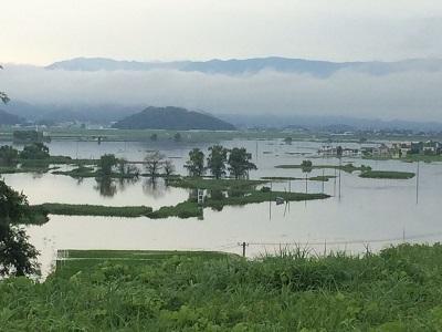 豪雨(白竜湖)