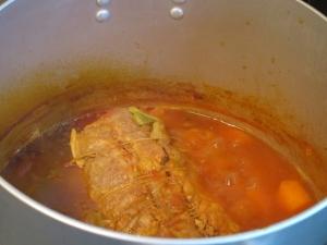 ブタ肩ロースのトマト煮