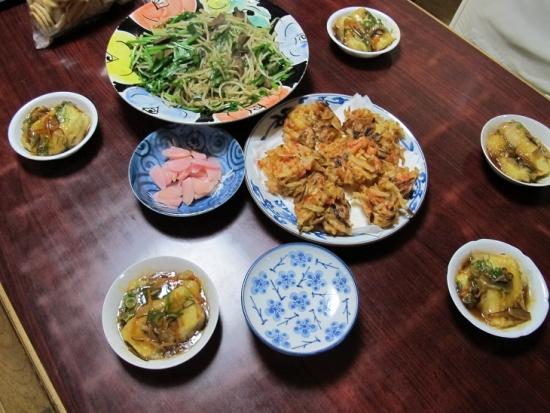 揚げ出し豆腐、エビかき揚げ、レバニラ炒め、新生姜