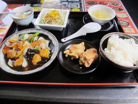 家楽さん 酢豚定食