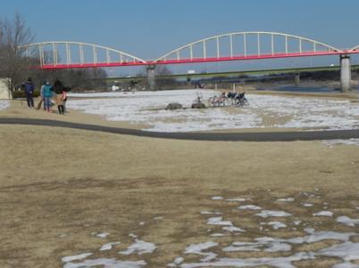 安比奈公園の水道管の橋