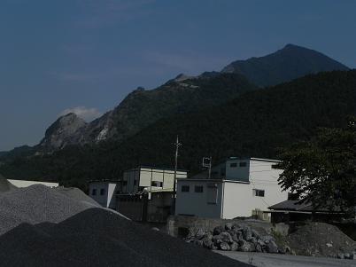 大滝方面からの武甲山