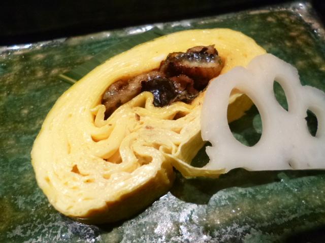 う巻きとは,かば焼きを芯に巻いた玉子焼き