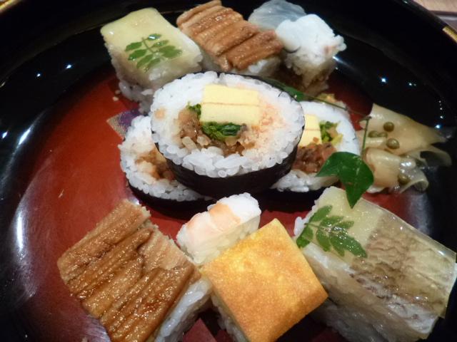甘めの味付けも大阪寿司の特徴でしょうか