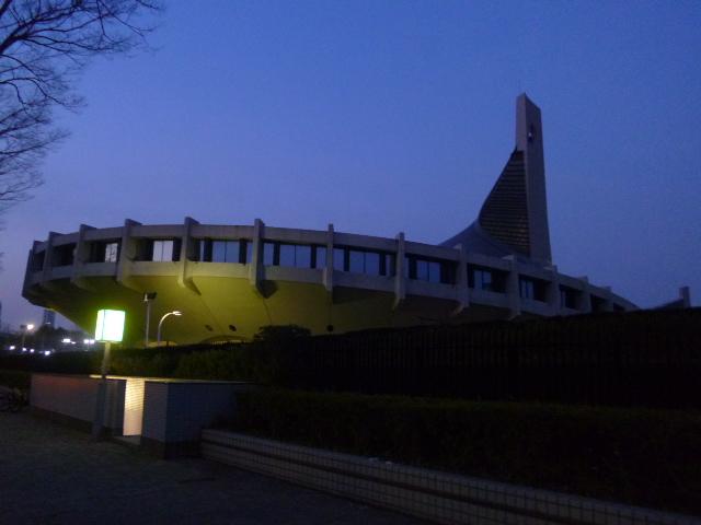 NHKホールの隣は代々木第一体育館 Perfumeの伝説の代々木ライブの会場です