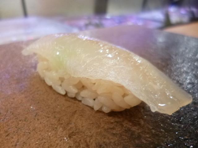 魚偏に喜で鱚 昆布締めの鱚は美味しいです