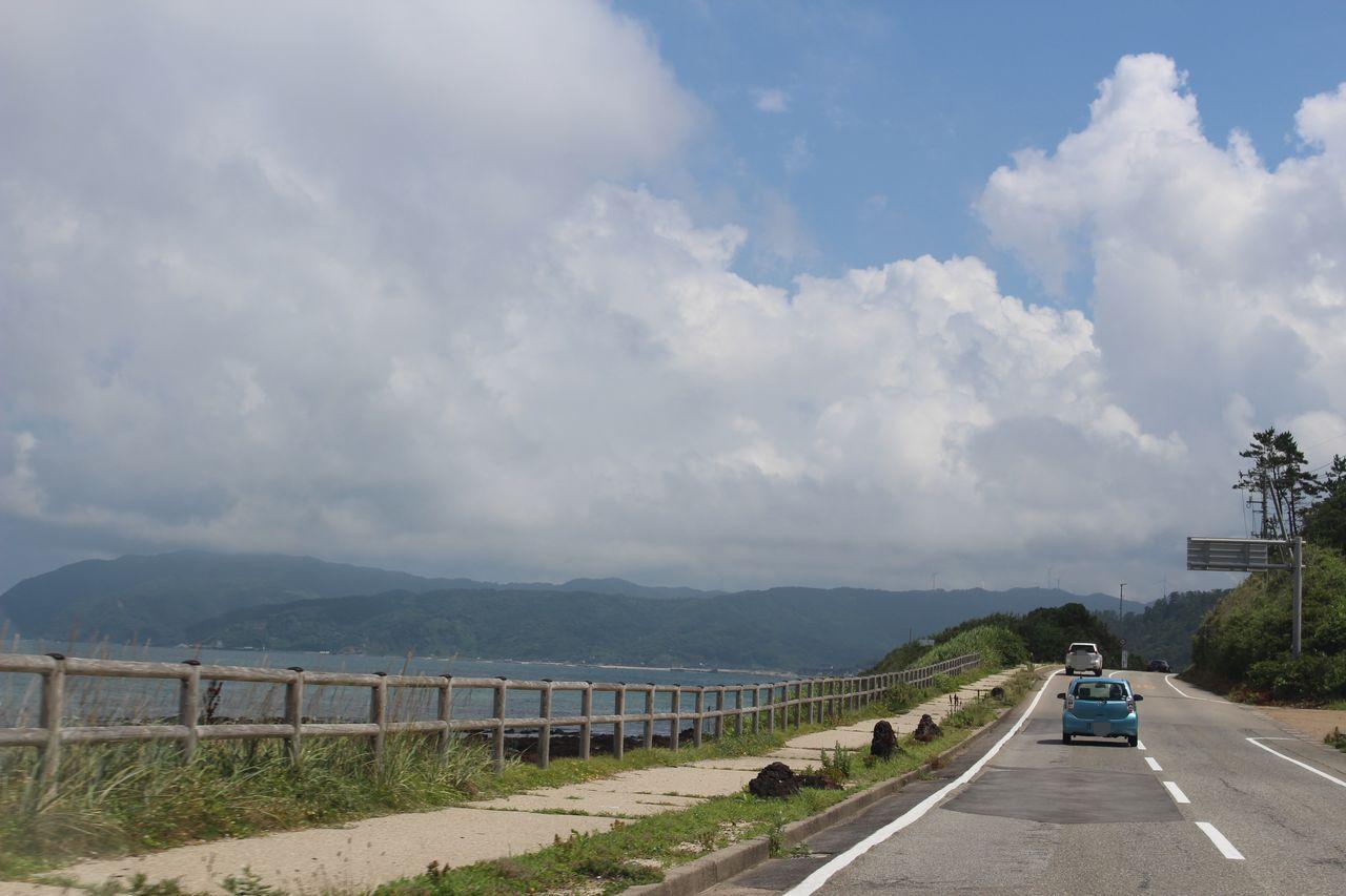 日本海沿いの道路
